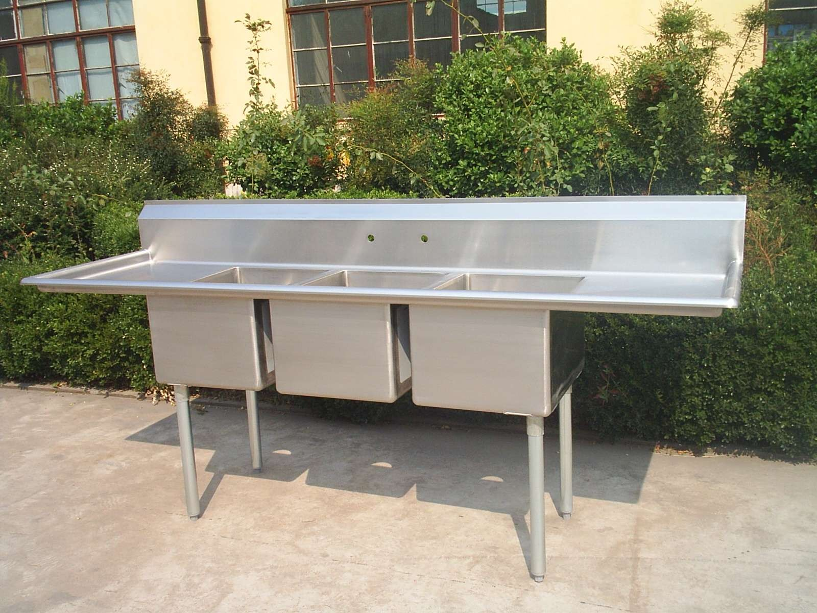 Stainless Steel Sink With 2